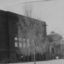 Kepner Hall, with tree