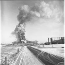 Fire during the construction of University Library, 1970