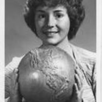 Fourth globe returned, Jean Ann Peacock