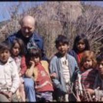John Kings with six children and one adult, Cusihuiriachi, Chihuahua, Mexico